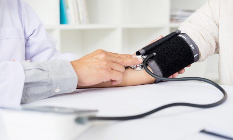 1- 1 Hipertensão sistólica isolada em idosos